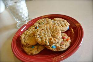 Toffe PB M&M Cookies