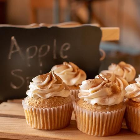 Applesauce Cupcakes with Cinnamon Buttercream